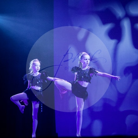 Lilah Harding & Sophie Newitt - House Of Dance Disco ... beyond the mirror ball!