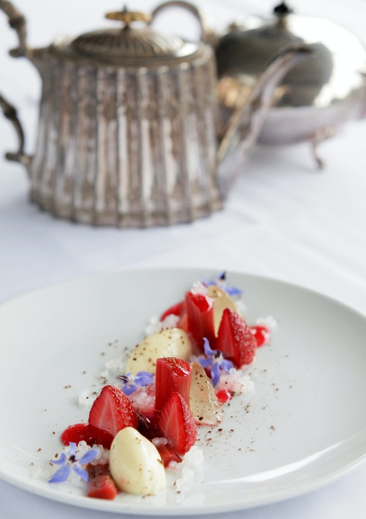 NellyleComte_web.Strawberry.Rhubarb.champagneJelly