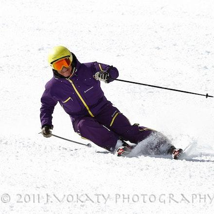 1103_Carlos_Skiing_309