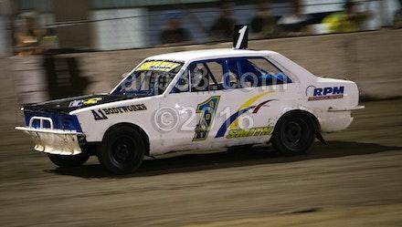 Super Sedans Title final night-7