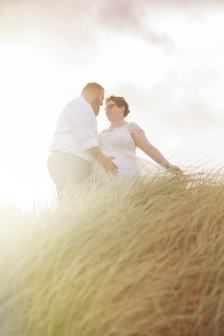 Location Maternity Session - Beautiful Maternity Portraits, taken on location at The Spit, Gold Coast by Logan City Photographer Kerry Bergman.
