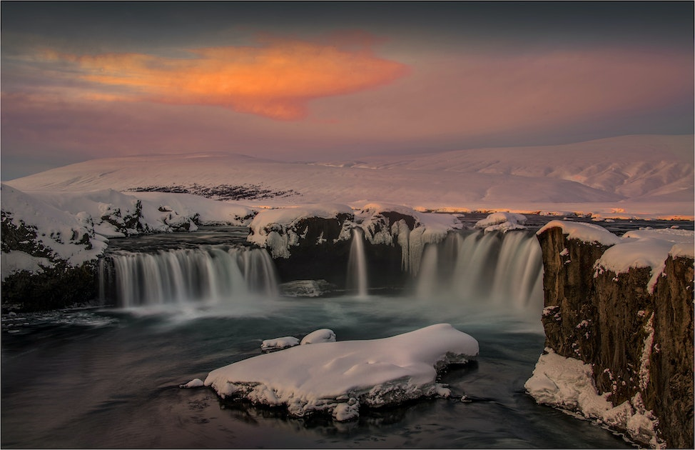 First-Light-Godafoss-Winter-ICL087-16x24