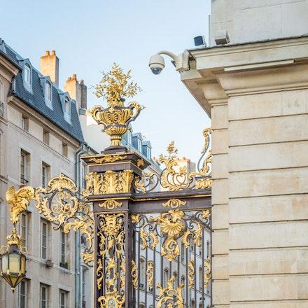 More ornate gates - 1078