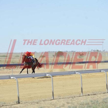 170401_SR20197 - At the Longreach Jockey Club race day, April 1, 2017. Picture Longreach Leader
