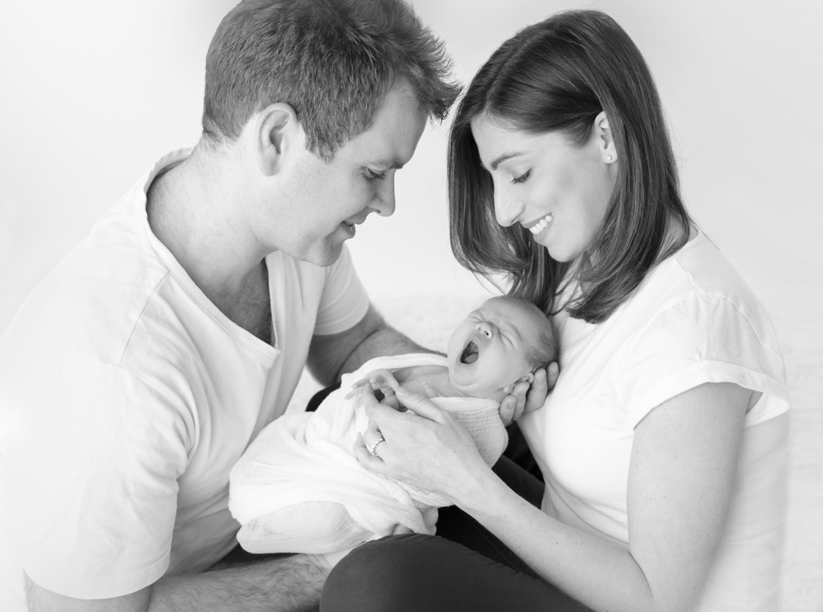 natural newborn portrait with parents